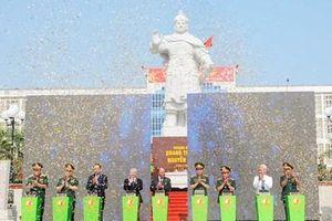 Thủ tướng Chính phủ Nguyễn Xuân Phúc dự khánh thành Tượng đài Hoàng đế Quang Trung - Nguyễn Huệ