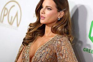 Mỹ nhân U50 Kate Beckinsale khoe ngực đầy với váy xuyên thấu, không nội y