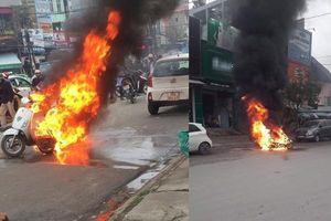 Sự thật chuyện chồng đốt xe xịn vì vợ đi nhà nghỉ với bạn thân ở Thanh Hóa?