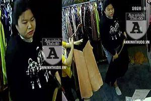 Hà 'sứt' trộm ví ở cửa hàng quần áo