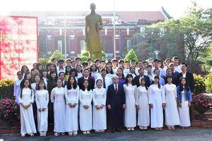 Thừa Thiên - Huế: Tuyên dương 52 học sinh đạt giải trong kỳ thi học sinh giỏi quốc gia