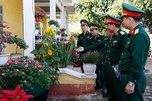 Lữ đoàn Xe tăng 273 tổ chức Hội thi vườn hoa xuân