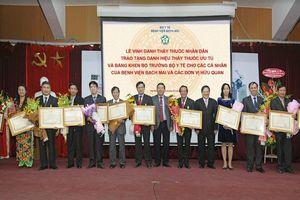 Thứ trưởng Y tế làm Chủ tịch Hội đồng xét tặng danh hiệu 'Thầy thuốc Nhân dân'