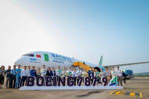 Bamboo Airways đón máy bay Boeing 787-9 Dreamliner mang tên 'Quy Nhon City'