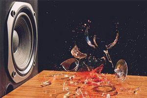 Vì sao âm thanh lại phá nát được cốc thủy tinh?