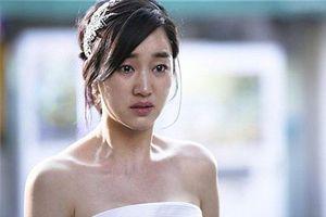 Đêm tân hôn, cô dâu 'rụng rời chân tay' đòi ly dị sau khi bóc phong bì mừng cưới