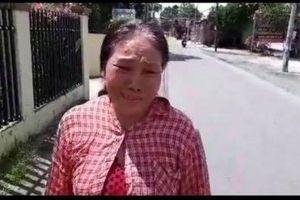 Câu chuyện Tết đoàn viên: Người mẹ bán vé số tìm lại được con trai khờ khạo sau 1 năm mất tích