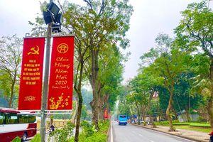 Hà Nội: Trang trí nhiều tuyến phố dịp Tết Nguyên đán Canh Tý 2020