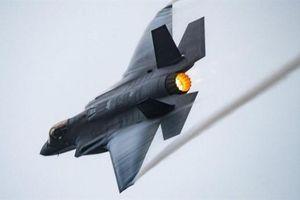 F-35I hiện nguyên hình trước radar soi... máy bay dân sự
