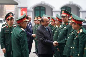 Thủ tướng thăm Tổng cục II, Bộ Quốc phòng