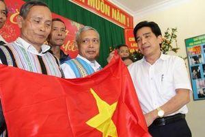 Tỉnh ủy Quảng Nam gửi thư cảm ơn chương trình 'Một triệu lá cờ Tổ quốc cùng ngư dân bám biển'