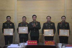 Tổng cục Hậu cần tổng kết, trao thưởng đợt khám chữa bệnh chung giữa quân đội Việt Nam-Lào