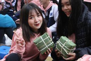 Tưng bừng chương trình 'Tết sẻ chia, Tết yêu thương' năm 2020 tại trường THPT Phan Đình Phùng