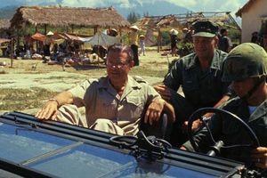 Chùm ảnh: Chính khách Mỹ tại chiến trường Việt Nam
