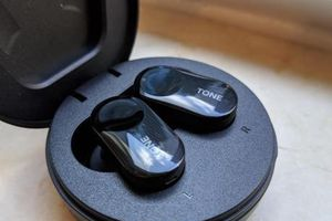 LG mở bán sản phẩm tai nghe không dây cao cấp tại Mỹ