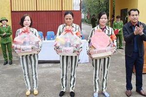 Ấm tình đoàn viên ở Trại giam Ninh Khánh