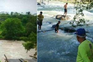 Indonesia: 7 người chết, 3 người mất tích do sập cầu