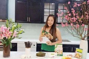 Hai nàng dâu đảm Ốc Thanh Vân và Ngô Phương Lan cùng chung bí quyết tạo vị 'Tết nhà' dù gia đình có nhiều thế hệ khác biệt