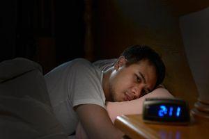 Mất ngủ dịp tết phải làm sao?