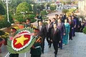 Lãnh đạo TP Đà Nẵng viếng các anh hùng, liệt sĩ