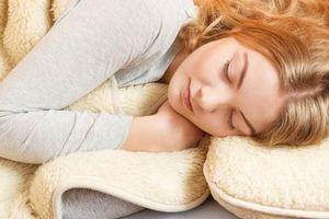 Ngủ mơ nhiều chứng tỏ cơ thể đang thiếu nghiêm trọng 4 loại vitamin này