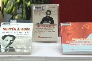 Trưng bày tư liệu 'Vinh quang Đảng Cộng sản Việt Nam'