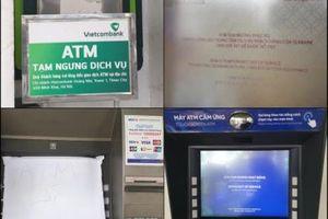 Hàng loạt ATM 'nghỉ Tết' sớm, người dân 'đôn đáo' chạy khắp nơi chờ rút tiền