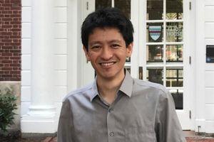 Cháu nội Lý Quang Diệu hủy kết bạn con trai Lý Hiển Long trên Facebook