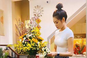 Hoa hậu Khánh Vân, Nam Thư trang trí nhà đón Tết