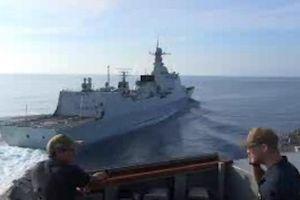 Mỹ công bố video suýt va chạm tàu Trung Quốc trên Biển Đông
