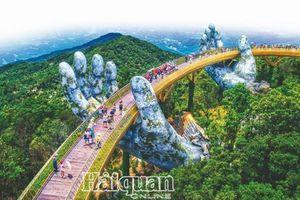Du lịch Việt 'cất cánh'