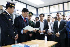 Thứ trưởng Bộ Y tế Đỗ Xuân Tuyên: Phòng dịch virus corona như phòng hỏa!
