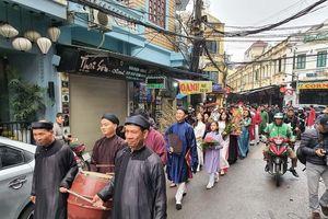Hà Nội tái hiện Tết xưa trên phố nay