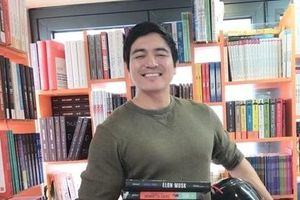 Chàng trai Mỹ từ bỏ giấc mơ trở thành cảnh sát để tham gia tình nguyện tại Việt Nam
