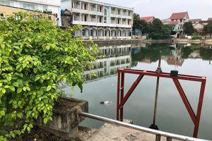 Hà Tĩnh: Một thi thể nam giới nổi lềnh phềnh giữa trung tâm thành phố