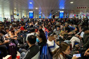 Hủy toàn bộ các chuyến bay đến và đi từ Vũ Hán