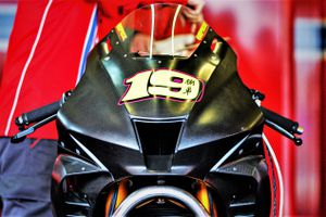 Honda CBR1000RR-R phiên bản đua - nhẹ và mạnh hơn