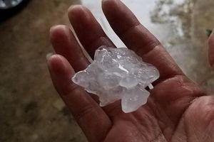 Nhiều tỉnh xuất hiện mưa đá vào 30 Tết