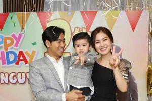 Diễn viên Thanh Bình xin lỗi vì không thể cho con trai có một gia đình trọn vẹn