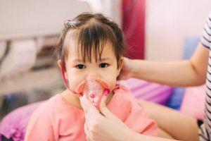 Cẩn trọng với những bệnh thường gặp ở trẻ trong ngày Tết