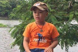 Bé trai 10 tuổi mất tích khi về Nghệ An ăn Tết