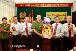 Lãnh đạo tỉnh thăm, động viên và chúc Tết cán bộ, chiến sĩ lực lượng vũ trang tỉnh