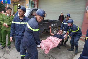 Cứu nạn nhân bị bỏng do rò rỉ khí gas khi đun nấu