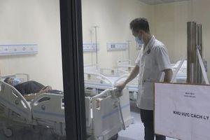 Đúng giao thừa, nam thanh niên trở về từ Đài Loan sốt cao lập tức nhập viện cách ly
