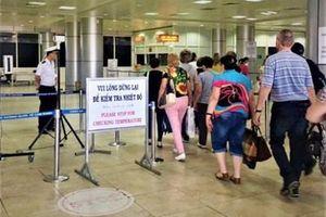 Từ hôm nay (25-1), hành khách Trung Quốc nhập cảnh Việt Nam phải khai báo y tế