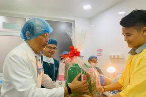 TPHCM chào đón những công dân đầu tiên năm Canh Tý
