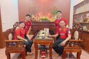 Cầu thủ tuyển Việt Nam nô nhau chúc tết Canh Tý an lành người hâm mộ