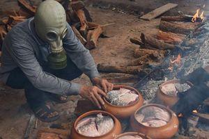 Cá kho làng Vũ Đại lên báo nước ngoài