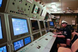 Tàu Nga diễn tập phóng tên lửa hành trình cực dũng mãnh trên biển
