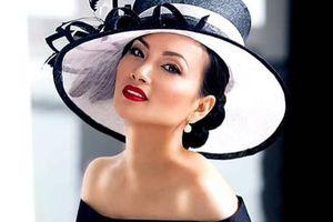 Hà Phương - vợ của 'Người Việt giàu nhất thế giới' làm việc thiện đầu xuân